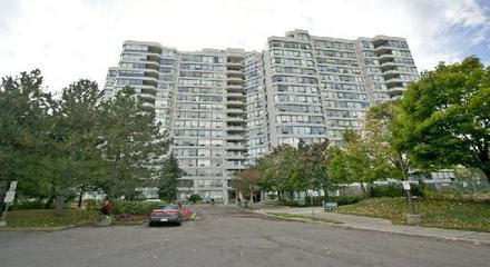 Royal Promenade Condos 110 Promenade Thornhill MLS Listings For Sale