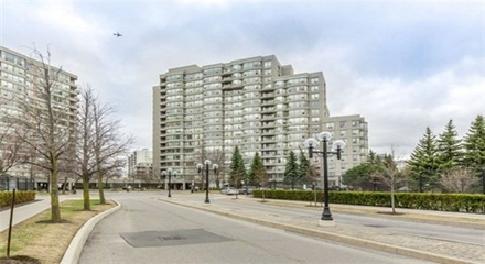 7 Townsgate Condos Thornhill Vaughan Condos MLS Listings For Sale