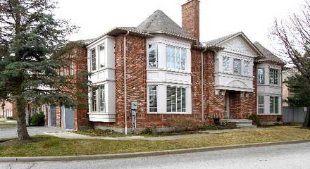 Alameda Circle Thornhill Vaughan Condo Townhomes MLS Listings For Sale