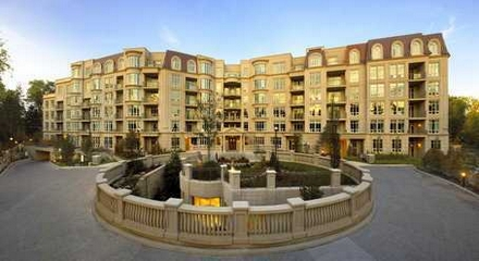 Avignon Condos 7071 Bayview Thornhill Markham MLS Listings For Sale