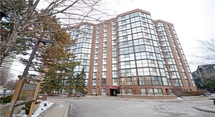 Courtney Club Condos 2091 Hurontario Mississauga MLS Listings For Sale