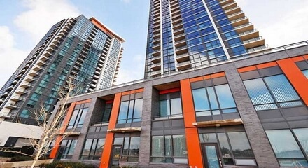 Crystal Condos 75 Eglinton West Mississauga MLS Listings For Sale