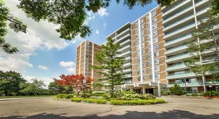 Golden Gate Condos 44 Longbourne Toronto MLS Listings For Sale