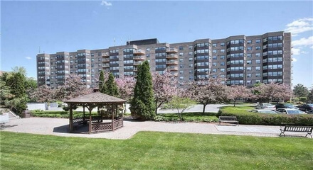 Hampton Green Condos 2 Raymerville Markham MLS Listings For Sale