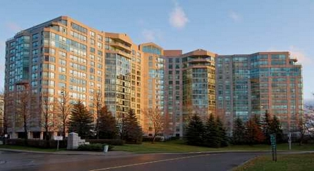 Landmark Condos 7805 Bayview Thornhill Markham MLS Listings For Sale