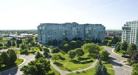Landmark Condos 7825 Bayview Thornhill Markham MLS Listings For Sale