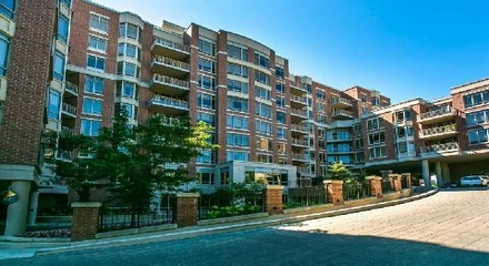Renaissance Condos 10101 Yonge Richmond Hill MLS Listings For Sale
