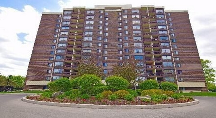 Willow Walk Condos 2556 Argyle Mississauga MLS Listings For Sale